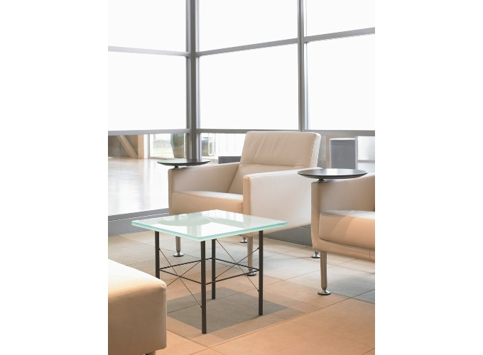 Calm Table with Switch Lounge Chairs??