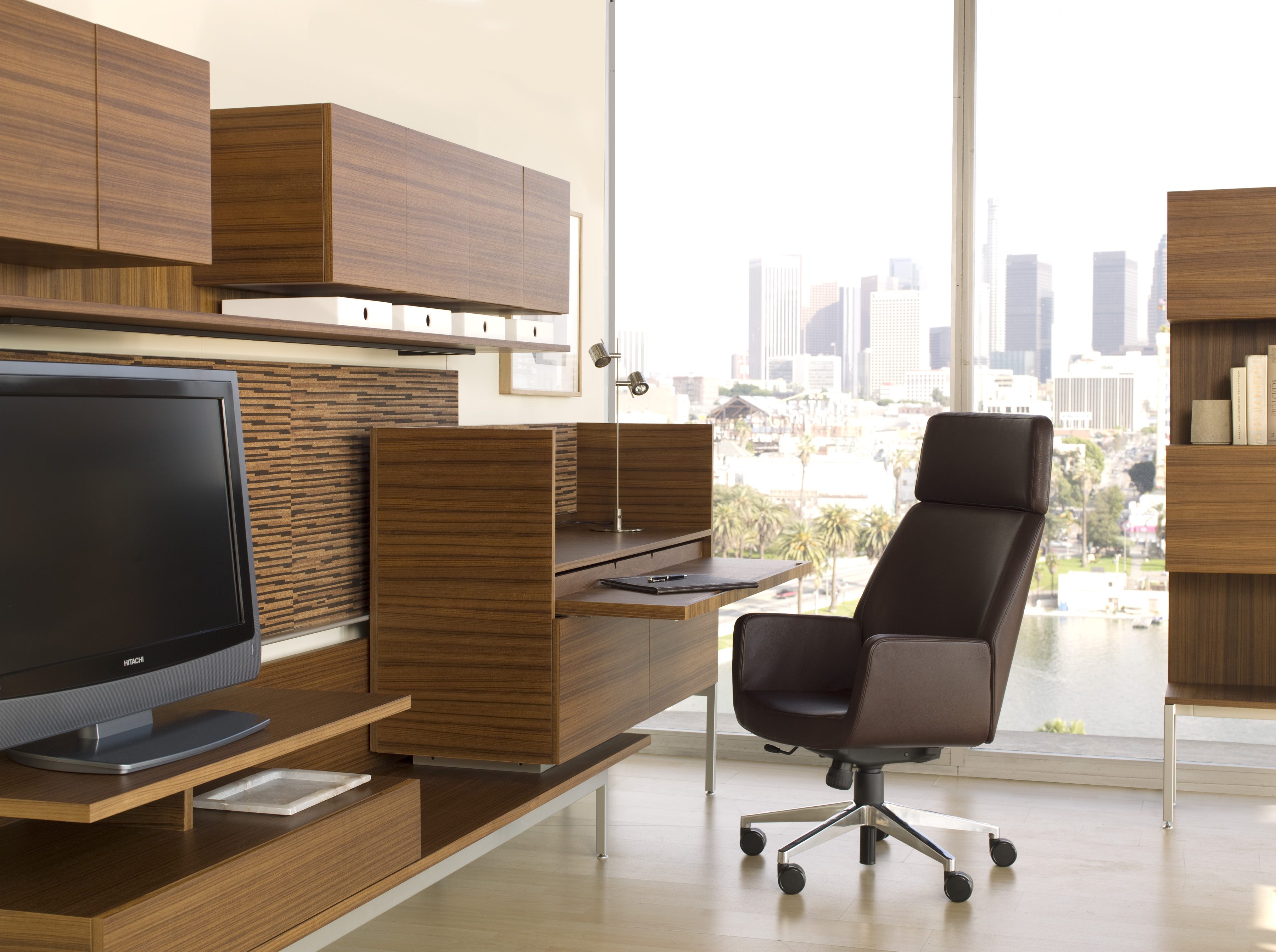Bindu Executive Chair with Denizen Desking