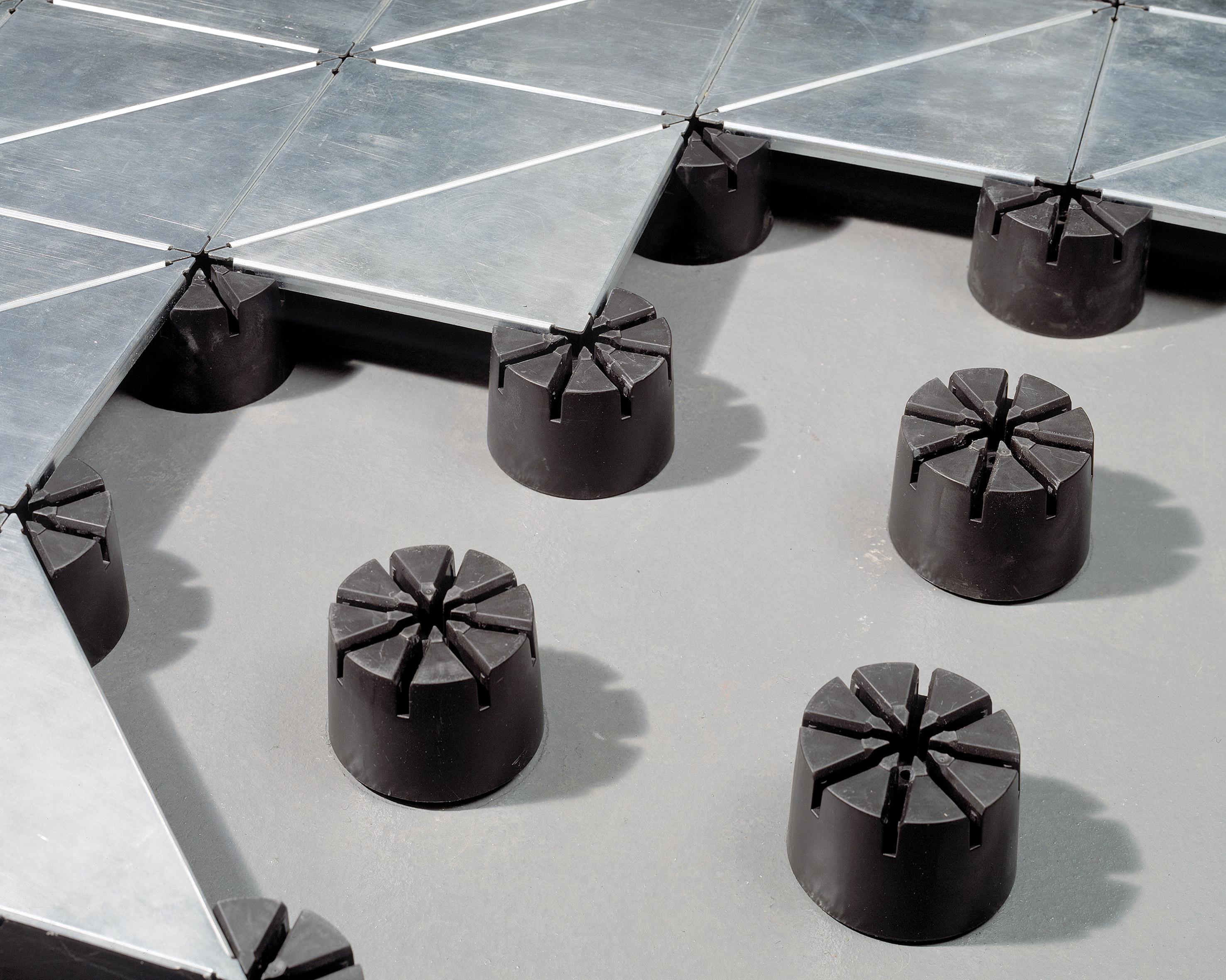 Low-Profile Floor