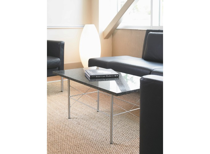 Calm Table with Switch Lounge Chairs