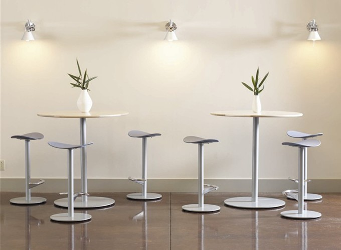 Enea Table with Enea Cafe Stools