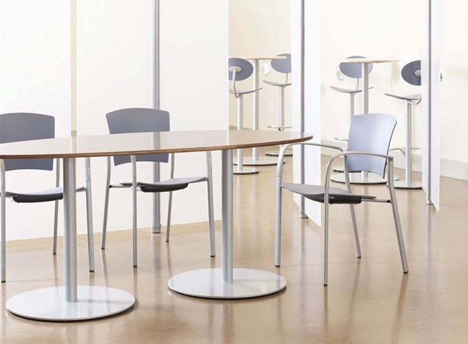 Enea Table with Enea Guest Stacker Chairs