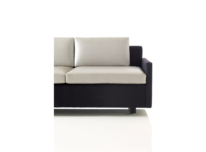 Evaneau Lounge