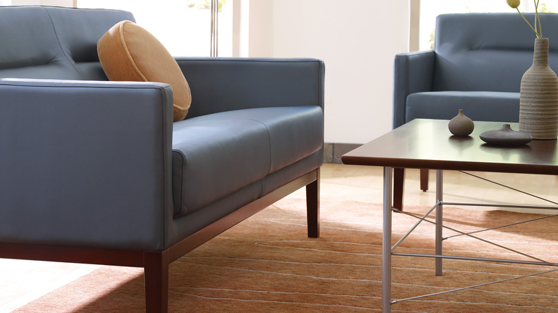 Passerelle bench seating is ideal for small, intimate surroundings and big, open spaces.