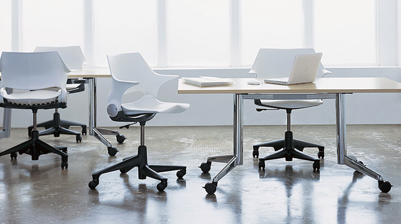 The ever-popular Rocky chair shown with flip-top tables.