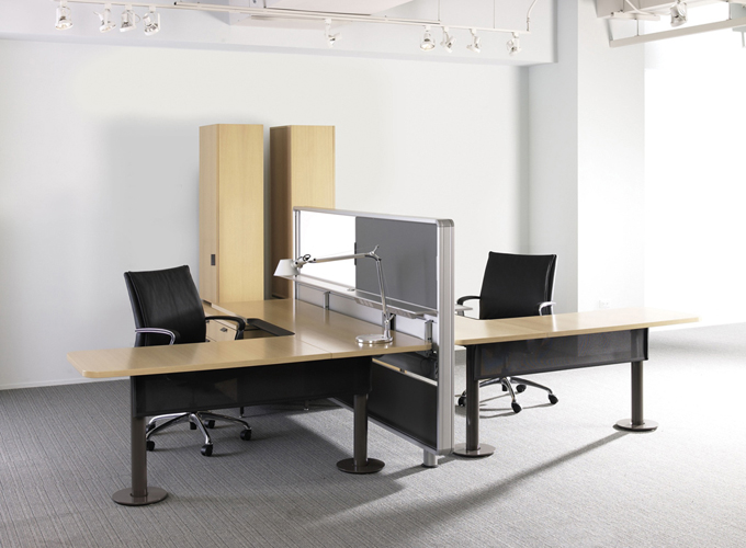 Topo Desking with Chord Executive Chairs