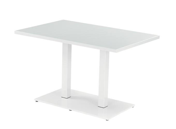 Round_Tables_enlarge_02